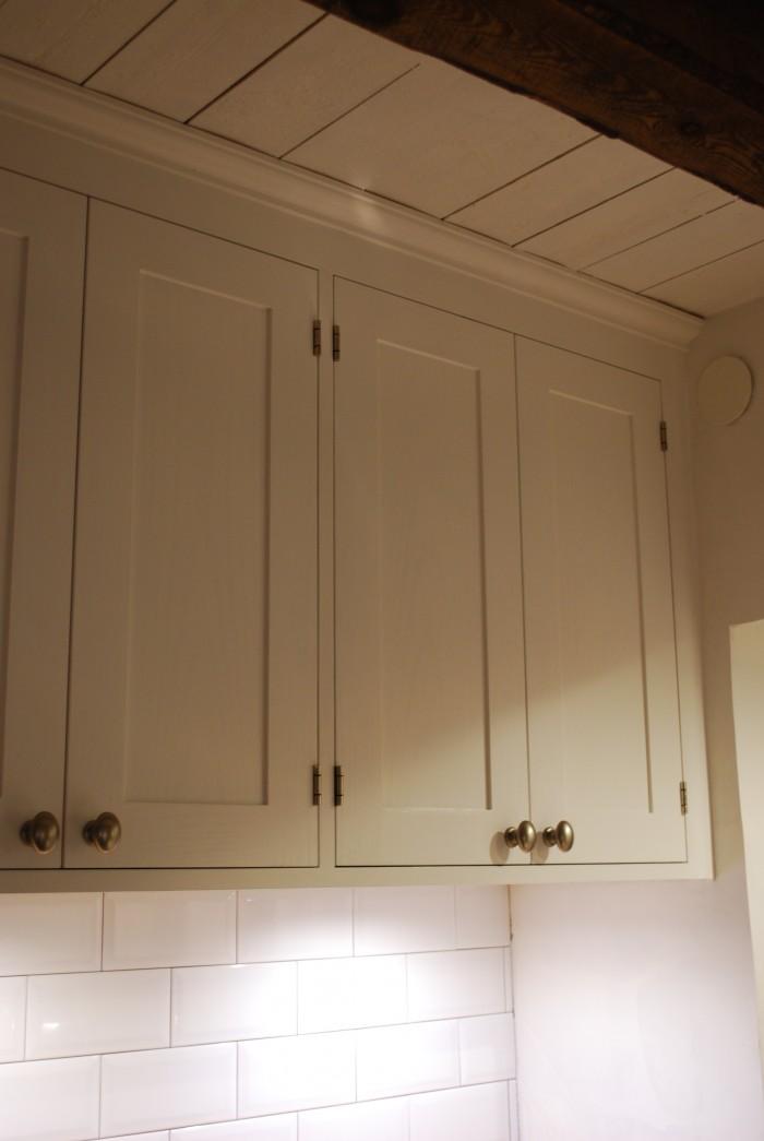 Platsbyggt kök i sekelskiftesstil